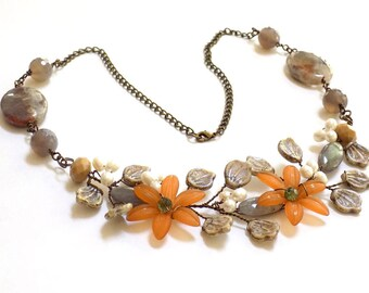Necklaces for Women Flower Necklace Beaded Necklace Jewelry for a Gift Statement Necklace Gemstone Necklace Handmade Nature Jewelry