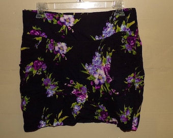 Vintage Late 90s Black And Purple Floral Necessary Objects Skirt With Pockets Size Large