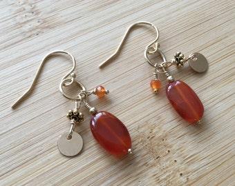Carnelian and Gold Fill Earrings, Gold Dangle Earrings, Carnelian Jewelry, Red Gemstone Earrings, Boho Style, Gemstone Cluster Earrings