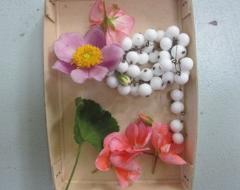 35 Vintage  10mm Japanese Milk Glass  Drops