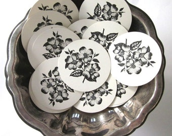 Dogwood Flower Tags Round Paper Gift Tags Set of 10