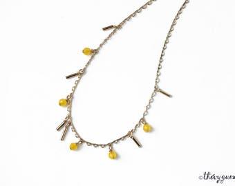 Yellow jade gold chain choker necklace, Gemstone gilded necklace, Crew neck necklace, Stone necklace, Precious jewelry, Dainty gift jewelry