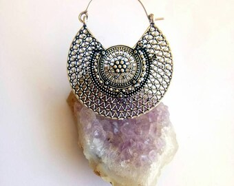 Hoop Earrings, white metal earrings. Brass Earrings, Boho Earrings. White Brass earrings. Hoop silver Earrings. Boho Jewelry. Earrings.