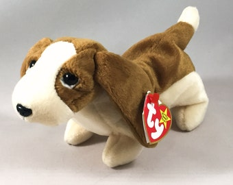 Tracker the Basset Hound Plush TY Beanie Baby Stuffed Vintage Toy
