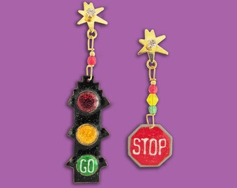 Stop and Go post earrings