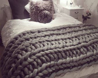 Queen chunky throw blankets, Merino woollen bed throw for queen size bed, Cable knit big yarn for queen blanket, Oversized queen bed cover