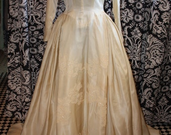 1950's Wedding Gown  Item #185-WG