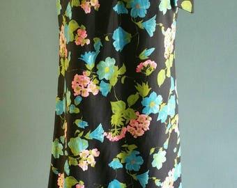 Vintage 1960s floral dress. Geraniums and morning glories on black