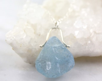 Raw Aquamarine Teardrop Pinned Silver Necklace