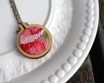 Cross Stitch Necklace. Pink Red Floral Hand Stitched Vintage Embroidery Hoop Pendant. Petit Point. Stitched Fiber Art Jewelry. Dandelyne.