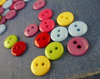 100 pcs Small 2 Hole Shiny Assorted Colors Buttons 9mm (MXB721)