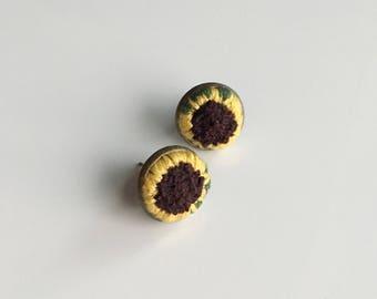 Hand embroidered earrings - Sunflower blossom