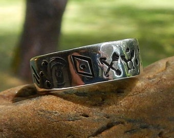 Sterling Silver .925 Band Ring Native American Inspired Size 8 3/4