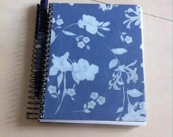 notebook with pen decorative Blue Velvet paper
