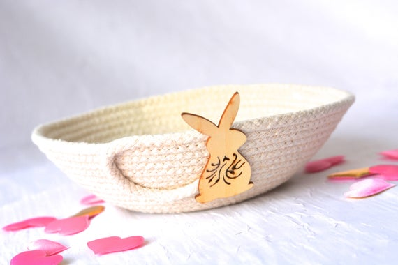 Clothesline Rope Bowl, Primitive Bunny Gift Basket, Paint it! Color it! Handmade Rustic Ring Dish,  hand coiled natural rope basket