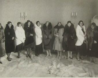Flapper Fashion Show - 1920's Fur Models Flapper Women Photo - Free Shipping