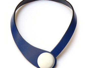 Blue leather necklace. Minimalist choker, spanish leather. Modern necklace, Ceraselle, Pop colorful necklace, interchangeable snap button