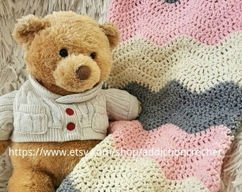 Newborn Blanket/Crochet Baby Blanket/Baby Shower Gift/Baby Blanket/Gray, Off White and Pink/Pink Blanket/Striped Blanket/Grey Blanket