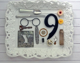 bITs KitS No041f -tin stencil, key, play spoon, play knife, house number, wood needle case, clock face, earring, chandelier crystal