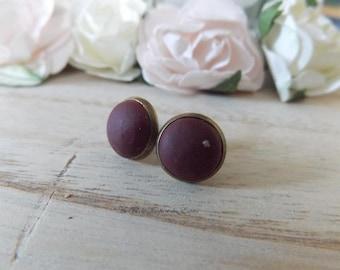 Stud Earrings Burgundy color