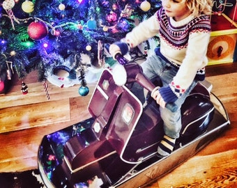Kids vespa rocking chair