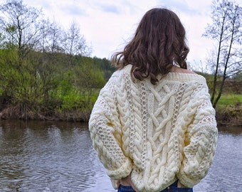 Hand knitted sweater Oversized sweater Wool sweater Women's sweater cozy sweater Oversized clothing Boho sweater Streetstyle sweater Casual