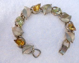 Coro Pegasus Des Pat Pend Bracelet in gold tone with amber and citrine color rhinestones AE58