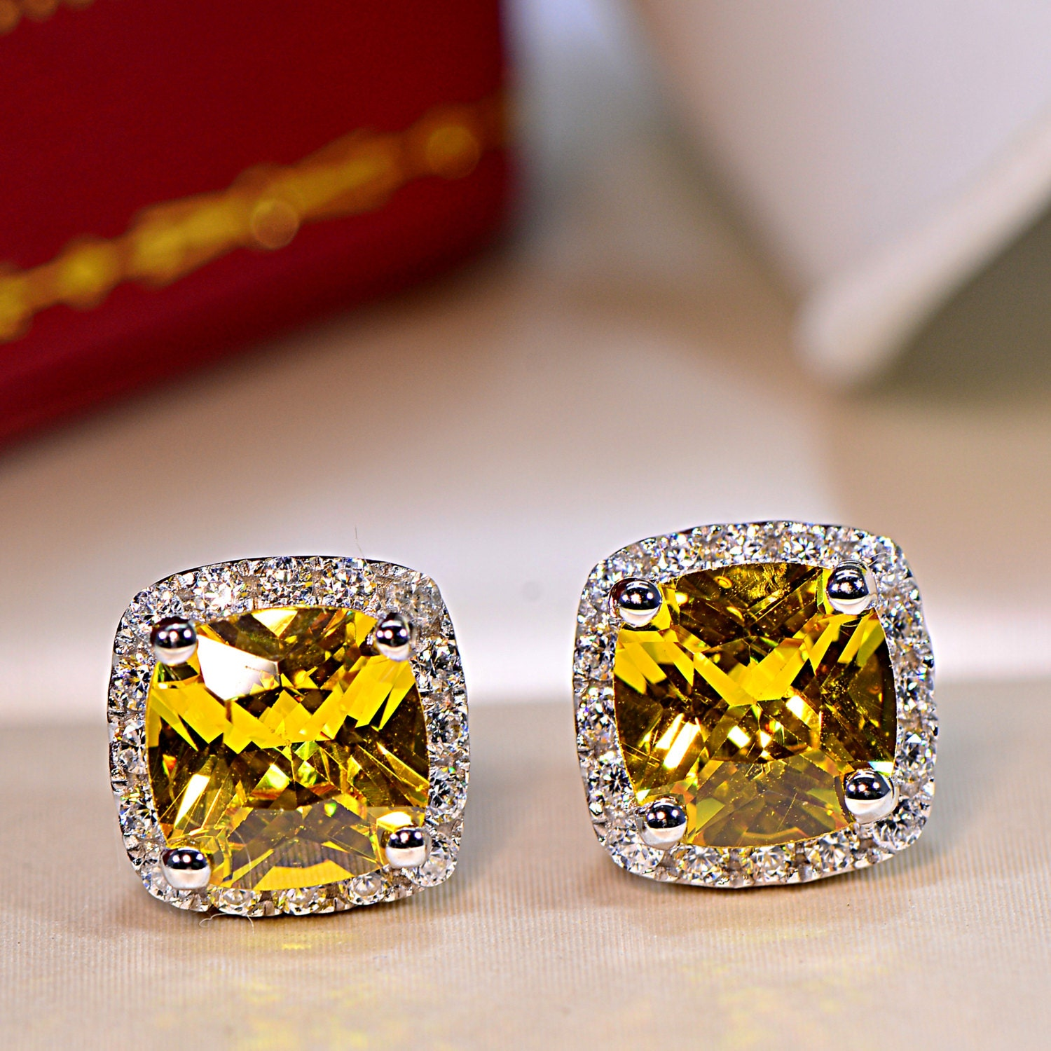 fancy canary jewelry sku yellow halo all diamond white earrings tw cushion gold