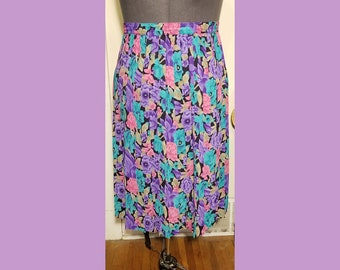 Floral 90's Pleated Skirt