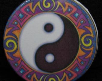 Yin & Yang Symbol Pin Back ~Yin and Yang Badge~
