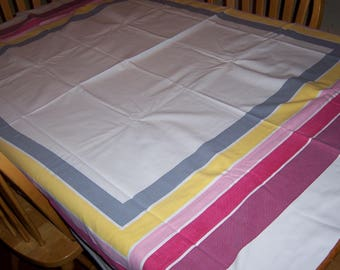 Classic vintage Startex tablecloth with cloth tag