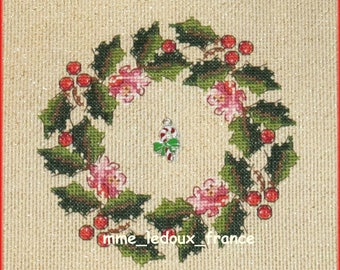 """Embroidery cross stitch """"Holly wreath"""" - v pattern"""