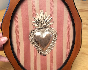 Fancy frame with antique ex voto