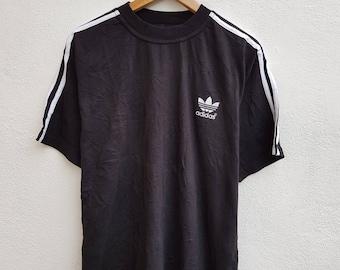Vintage 90s ADIDAS Trefoil Embroidered Logo 3 Stripes Soccer Sportswear T-Shirt Size L