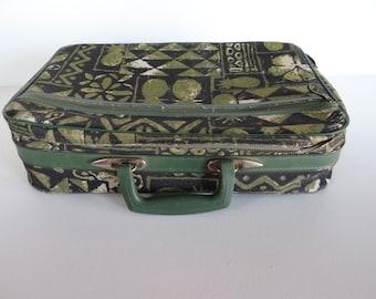 1960s Midcentury Retro Bantam Bronx NY Travelware Green Overnight Bag Carry On - Shabby Chic