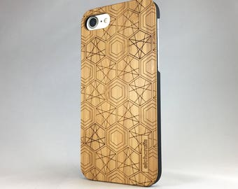 Hexad -- Geometric Laser Etched Wood Case (iPhone 6, 6s, 7, 7plus)