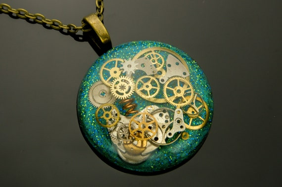 Steampunk Pendant / Necklace Watch Parts, Cogs and Gears in Resin, Green, Blue, Bronze Chain