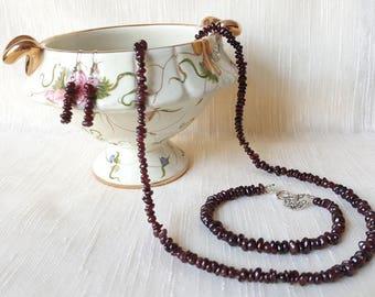 GARNET gemstone chips 3 pieces jewelry set: necklace, bracelet, earrings Root chakra/Muladhara, Meditation/Yoga/Reiki, Chakra healing