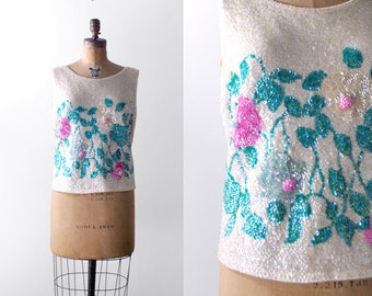 60 sequin top. large. 1960's floral blouse. sleeveless. colorful. cream top. l. xl.