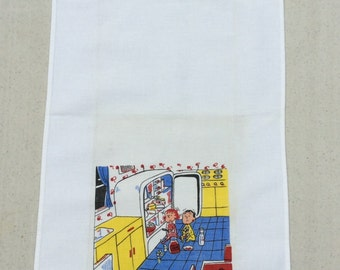 Vintage Towel Kids Raid the Fridge for a Midnight Snack Mom & Dad Retro Kitchen