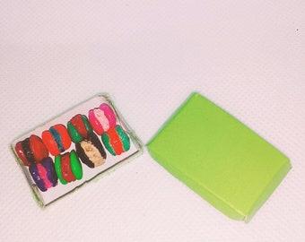 8 Macaroni mini gift box&Monster slime