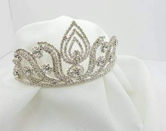 Bridal Tiara Headpiece Princess Crown Crystal Shine Mint condition.