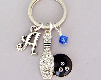 Personalized bowling keyring, love to bowl keychain with initial, birthstone color, key holder present, gift for bowler, purse charm, fob