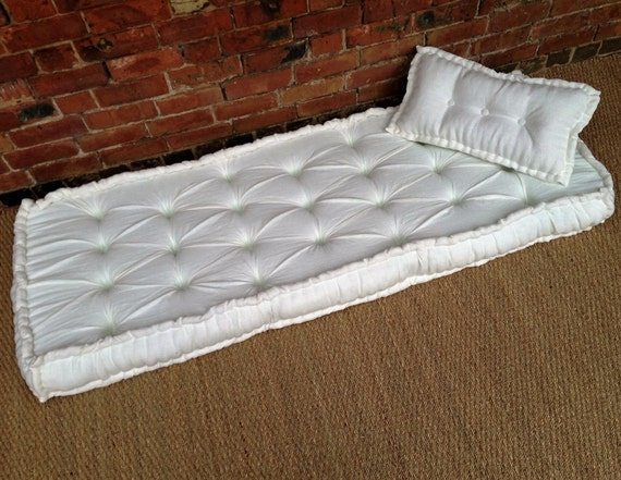 French Mattress Day Bed Cushion Diamond Tufts Deep Buttoned