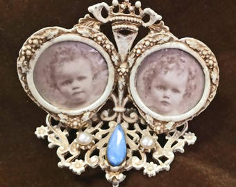 Vintage Florenza Double Frame Photo Holder, Decorative Metal Filigree,Jewel Encrusted,Antique White Finish,Signed,TableTop Frame,Mid Century