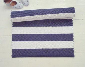 Alfombra escandinava corredor de piso blanco y azul marino, alfombra de Corredor náutico, blanco y azul, hecho a mano, lavable, tejida en telar, hecho a pedido