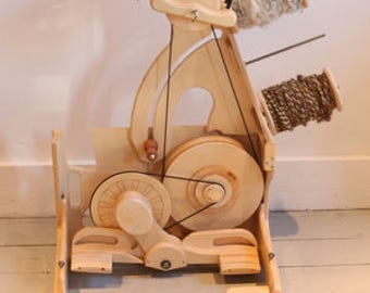 SpinOlution THE BEE  Folding Travel Spinning Wheel - Free shipping in the lower 48 states