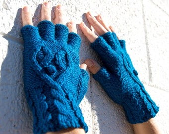 Women's azure blue half-finger heart gloves, gift for her, wool knit gloves, fingerless gloves, texting gloves, smoking gloves, hearts