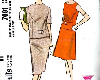 Two Piece Dress with Straight or Flared Skirt - McCall's No. 7691 - Office or Luncheon Suit  - Bust 40