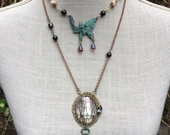 """Necklace steampunk chic butterfly and pearls """"Fantastic papillonette"""""""